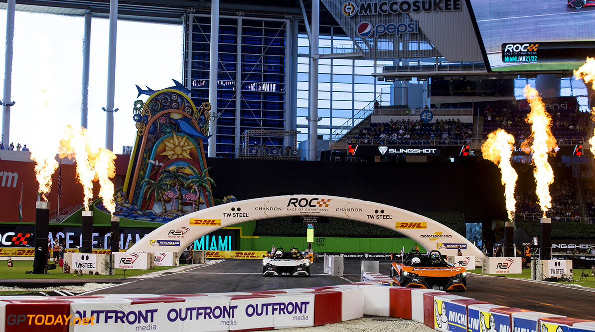 2017 Race of Champions, Marlins Park, Miami, USA Kurt Busch (USA) beats Ryan Hunter-Reay (USA) driving the VUHL 05 during the Race of Champions on Saturday 21 January 2017 at Marlins Park, Miami, Florida, USA      action