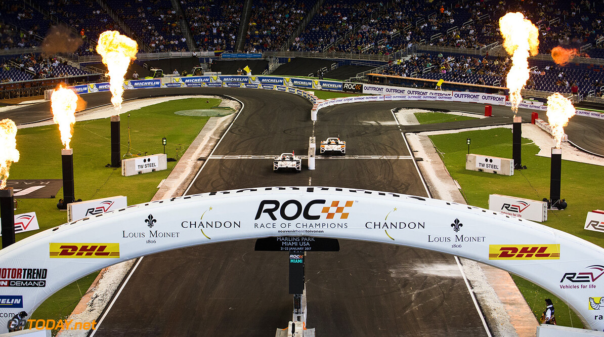 2017 Race of Champions, Marlins Park, Miami, USA Team Germany Sebastian Vettel (GER) races Team Nordic Tom Kristensen (DNK) driving the Radical SR3 RSX during the ROC Nations Cup on Sunday 22 January 2017 at Marlins Park, Miami, Florida, USA