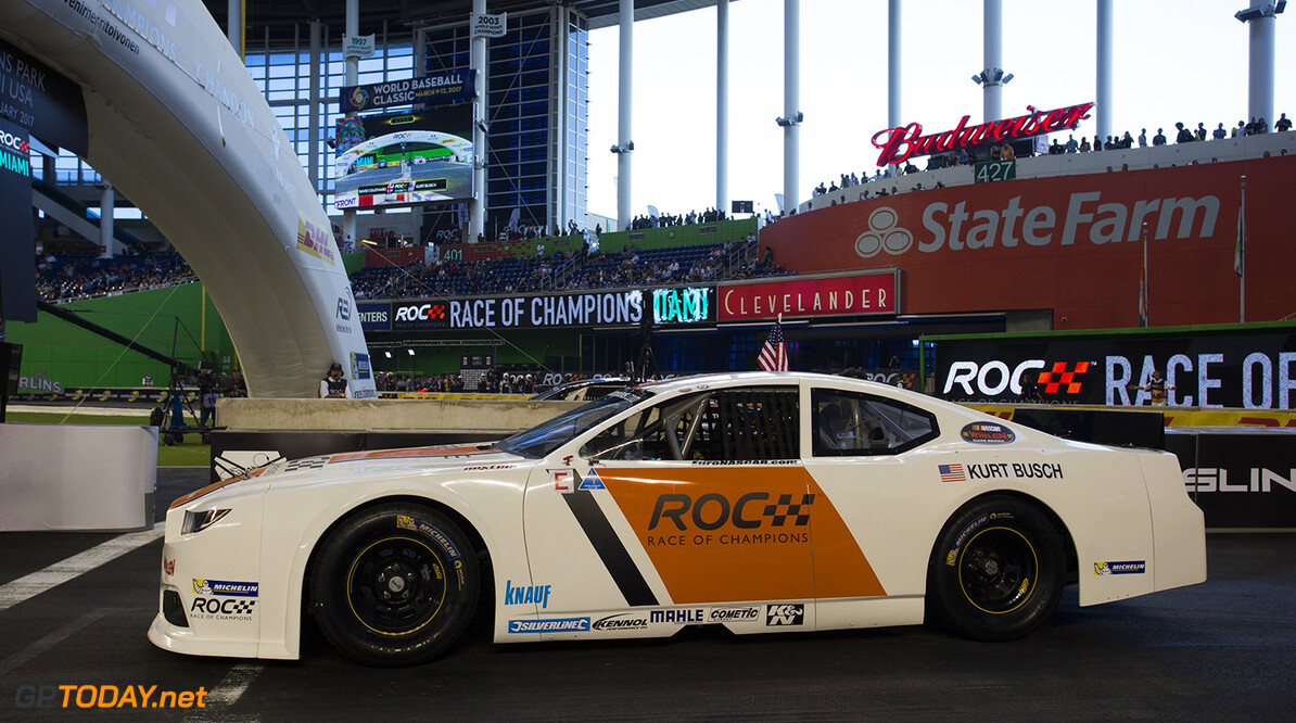 2017 Race of Champions, Marlins Park, Miami, USA Kurt Busch (USA) driving the Whelen NASCAR during the Race of Champions on Saturday 21 January 2017 at Marlins Park, Miami, Florida, USA      action