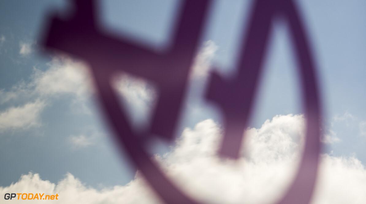 170225RF32527 Barcelona, Spain - 25 February 2017: Haas F1 Team Team Owner Gene Haas during Formula 1 Pre-Season Testing 2017 at Circuit de Barcelona-Catalunya, Barcelona, Spain. Formula 1 Pre-Season Testing 2017 Ronald Fleurbaaij Barcelona Spain  Barcelona Spain Formula 1 Pre-Season Testing 2017 Circuit de Barcelona-Catalunya Sports