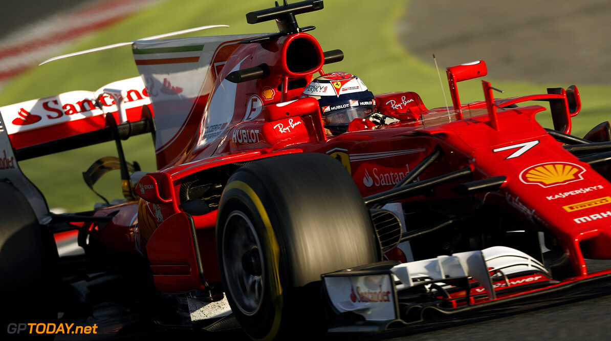 Barcelona dag 2: Ferrari en Mercedes sterk, Max op P3