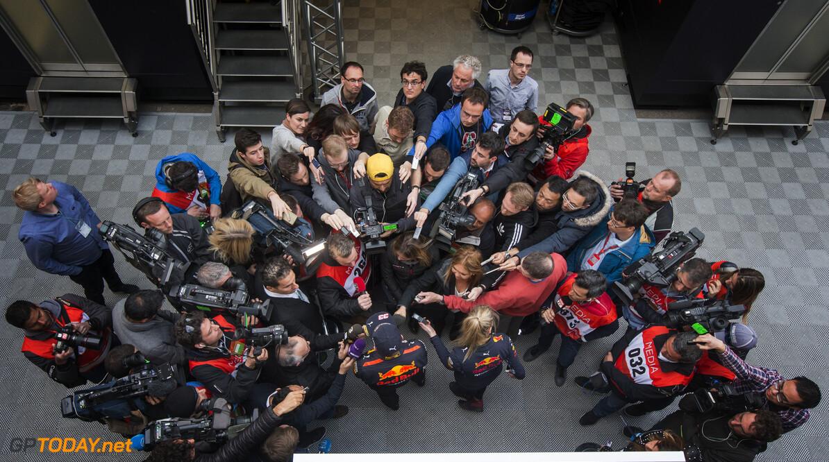 170228RF33583 Barcelona, Spain - 28 February 2017: #33 Max Verstappen (NLD), Red Bull Racing, during Formula 1 Pre-Season Testing 2017 at Circuit de Barcelona-Catalunya, Barcelona, Spain. Formula 1 Pre-Season Testing 2017 Ronald Fleurbaaij Barcelona Spain  Barcelona Spain Formula 1 Pre-Season Testing 2017 Circuit de Barcelona-Catalunya Sports