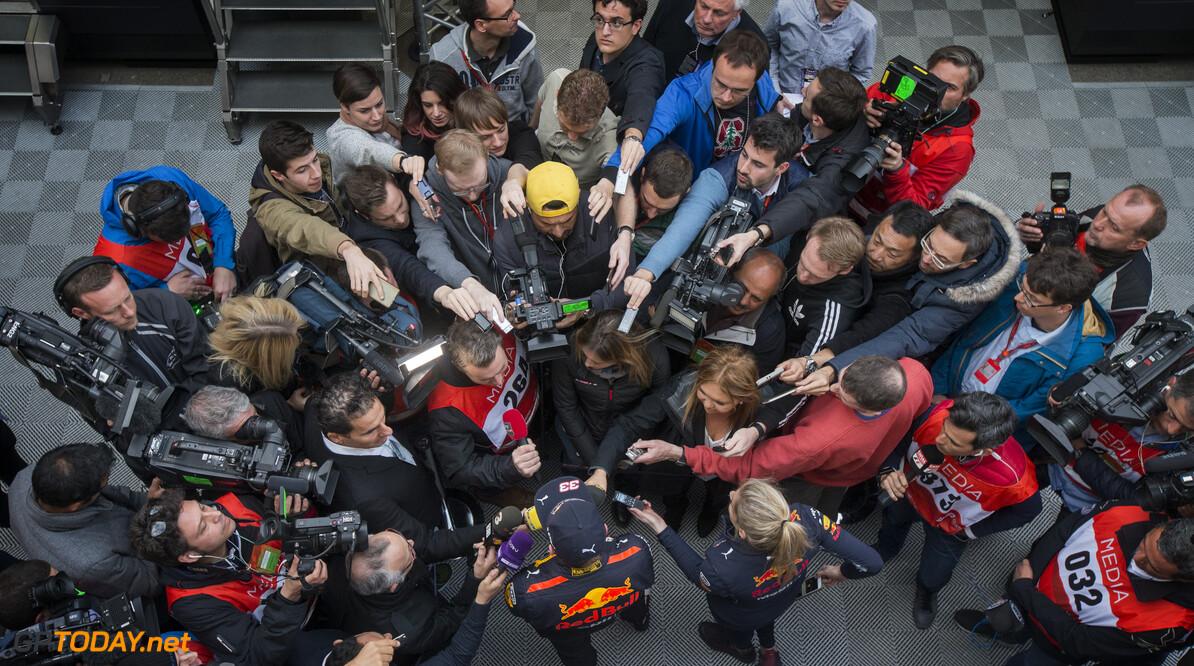 170228RF33585 Barcelona, Spain - 28 February 2017: #33 Max Verstappen (NLD), Red Bull Racing, during Formula 1 Pre-Season Testing 2017 at Circuit de Barcelona-Catalunya, Barcelona, Spain. Formula 1 Pre-Season Testing 2017 Ronald Fleurbaaij Barcelona Spain  Barcelona Spain Formula 1 Pre-Season Testing 2017 Circuit de Barcelona-Catalunya Sports