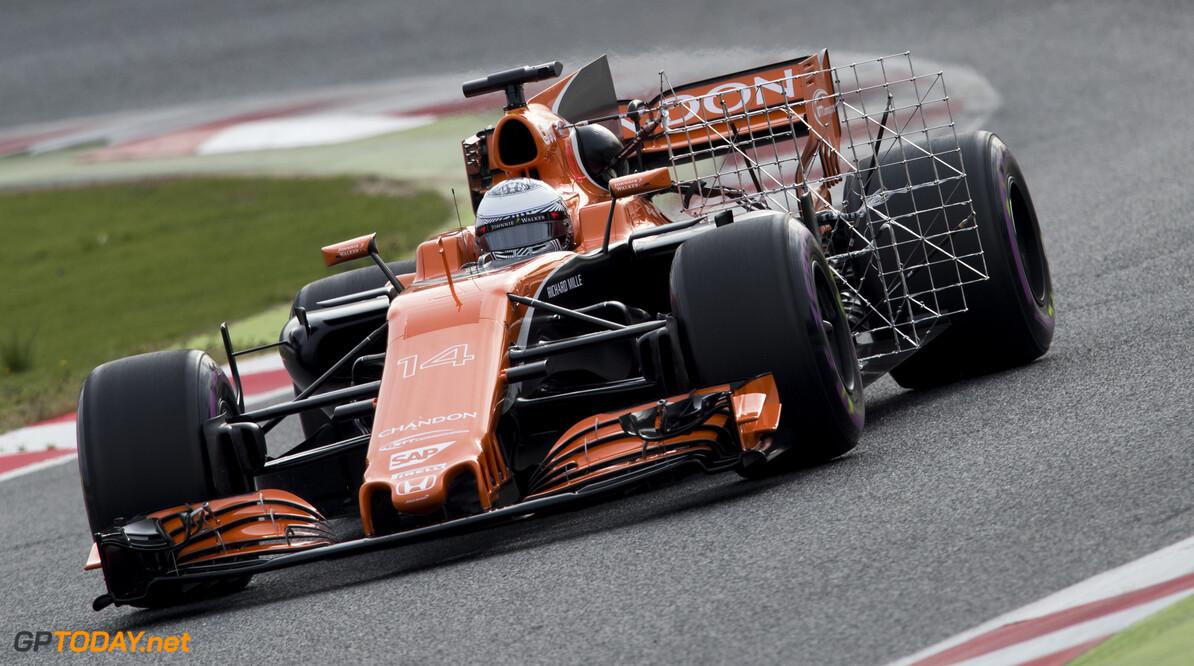 170301RF24524 Barcelona, Spain - 01 March 2017: #14 Fernando Alonso (ESP), McLaren Honda Formula 1 Team, during Formula 1 Pre-Season Testing 2017 at Circuit de Barcelona-Catalunya, Barcelona, Spain. Formula 1 Pre-Season Testing 2017 Ronald Fleurbaaij Barcelona Spain  Barcelona Spain Formula 1 Pre-Season Testing 2017 Circuit de Barcelona-Catalunya Sports