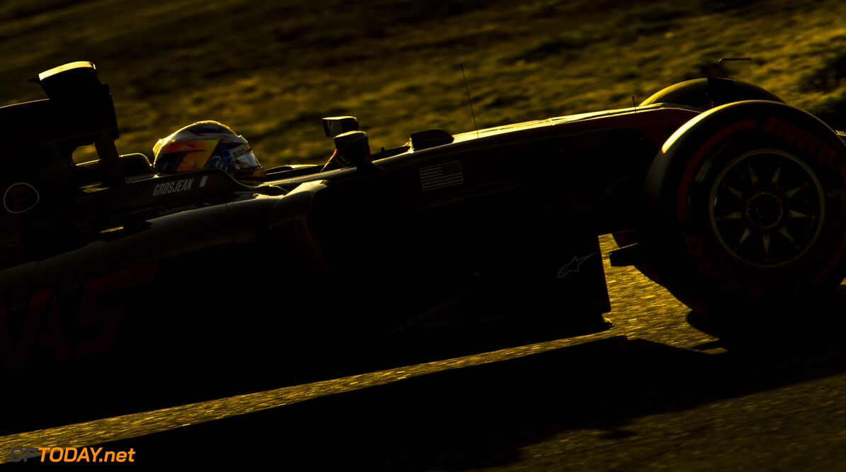 170301RF25204 Barcelona, Spain - 01 March 2017: #8 Romain Grosjean (FRA), Haas F1 Team, during Formula 1 Pre-Season Testing 2017 at Circuit de Barcelona-Catalunya, Barcelona, Spain. Formula 1 Pre-Season Testing 2017 Ronald Fleurbaaij Barcelona Spain  Barcelona Spain Formula 1 Pre-Season Testing 2017 Circuit de Barcelona-Catalunya Sports