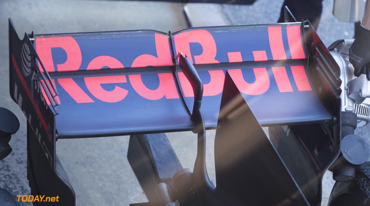 170302RF26483 Barcelona, Spain - 02 March 2017: Red Bull Racing during Formula 1 Pre-Season Testing 2017 at Circuit de Barcelona-Catalunya, Barcelona, Spain. Formula 1 Pre-Season Testing 2017 Ronald Fleurbaaij Barcelona Spain  Barcelona Spain Formula 1 Pre-Season Testing 2017 Circuit de Barcelona-Catalunya Sports