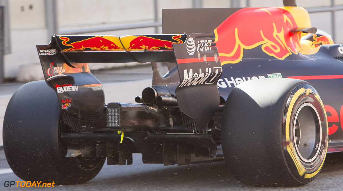 170307RF34219 Barcelona, Spain - 07 March 2017: Red Bull Racing during Formula 1 Pre-Season Testing 2017 at Circuit de Barcelona-Catalunya, Barcelona, Spain. Formula 1 Pre-Season Testing 2017 Ronald Fleurbaaij Barcelona Spain  Barcelona Spain Formula 1 Pre-Season Testing 2017 Circuit de Barcelona-Catalunya Sports