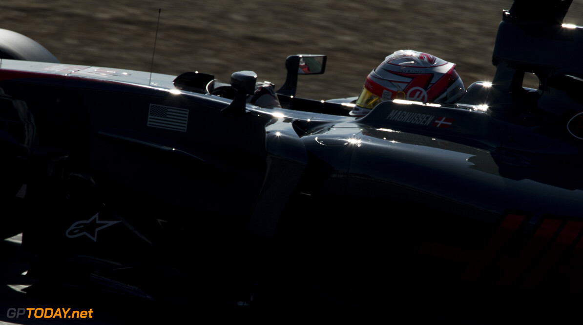 170309RF29354 Barcelona, Spain - 09 March 2017: #20 Kevin Magnussen (DNK), Haas F1 Team, during Formula 1 Pre-Season Testing 2017 at Circuit de Barcelona-Catalunya, Barcelona, Spain. Formula 1 Pre-Season Testing 2017 Ronald Fleurbaaij Barcelona Spain  Barcelona Spain Formula 1 Pre-Season Testing 2017 Circuit de Barcelona-Catalunya Sports