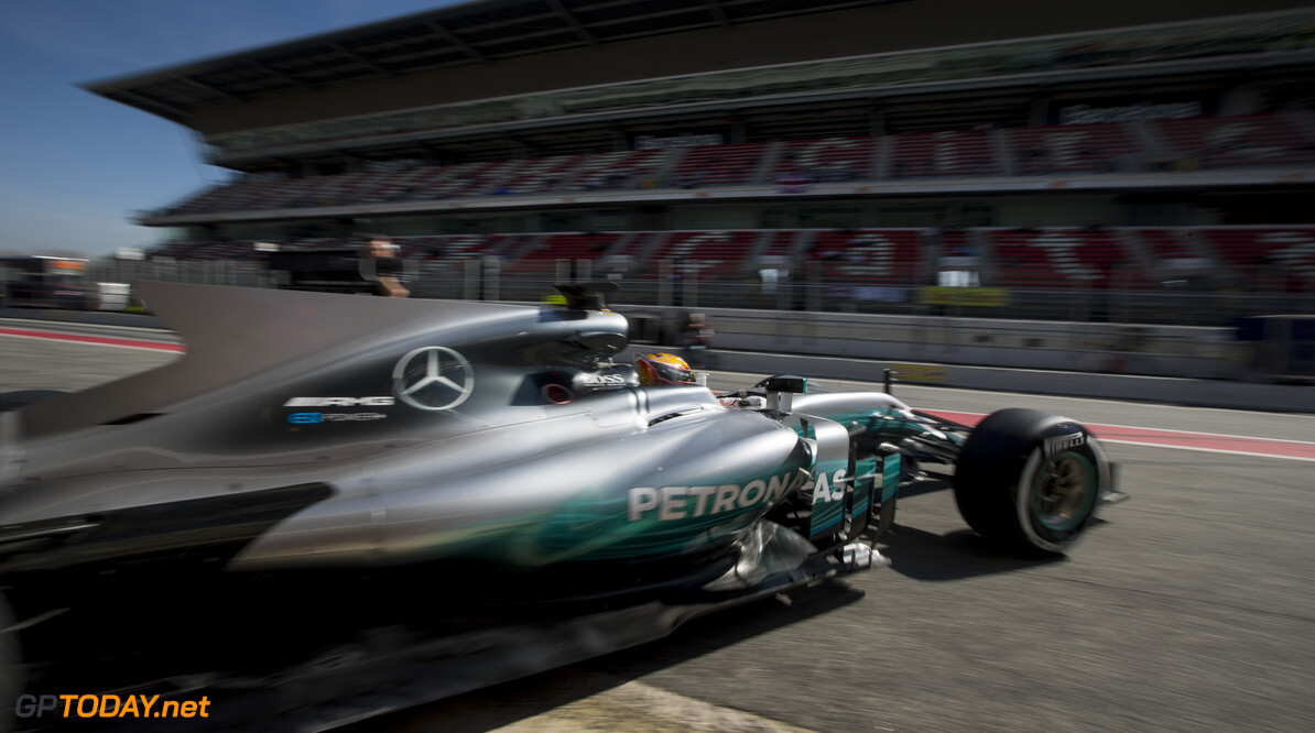 170309RF29440 Barcelona, Spain - 09 March 2017: #44 Lewis Hamilton (GBR), Mercedes AMG Petronas Motorsport, during Formula 1 Pre-Season Testing 2017 at Circuit de Barcelona-Catalunya, Barcelona, Spain. Formula 1 Pre-Season Testing 2017 Ronald Fleurbaaij Barcelona Spain  Barcelona Spain Formula 1 Pre-Season Testing 2017 Circuit de Barcelona-Catalunya Sports