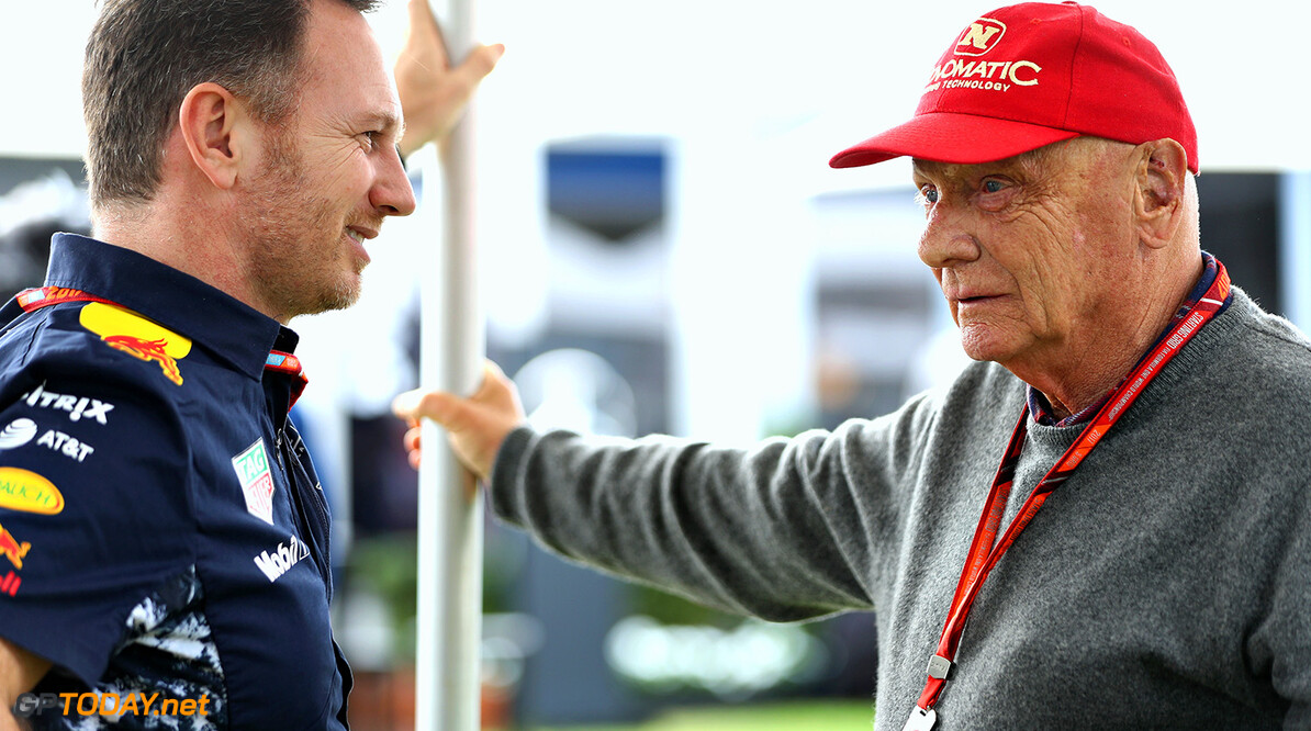 "Lauda labels overtaking criticisers ""crazy"""