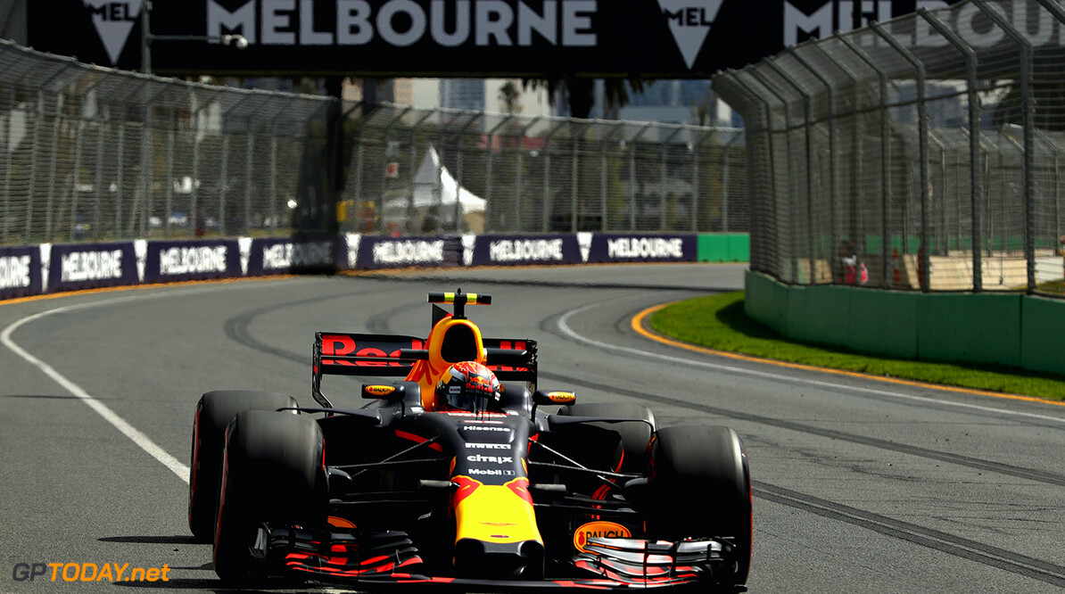 MELBOURNE, AUSTRALIA - MARCH 24: Max Verstappen of the Netherlands driving the (33) Red Bull Racing Red Bull-TAG Heuer RB13 TAG Heuer on track during practice for the Australian Formula One Grand Prix at Albert Park on March 24, 2017 in Melbourne, Australia.  (Photo by Robert Cianflone/Getty Images) // Getty Images / Red Bull Content Pool  // P-20170324-00398 // Usage for editorial use only // Please go to www.redbullcontentpool.com for further information. //  Australian F1 Grand Prix - Practice Robert Cianflone Melbourne Australia  P-20170324-00398
