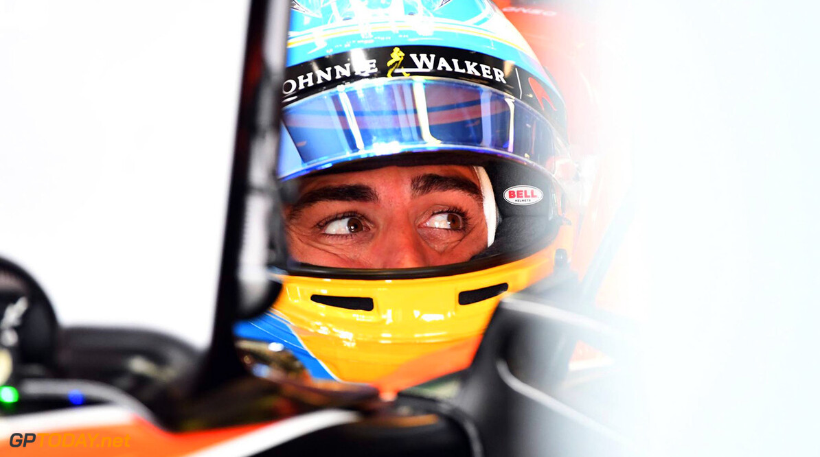 Contractual issue halted talks between Mercedes and Alonso