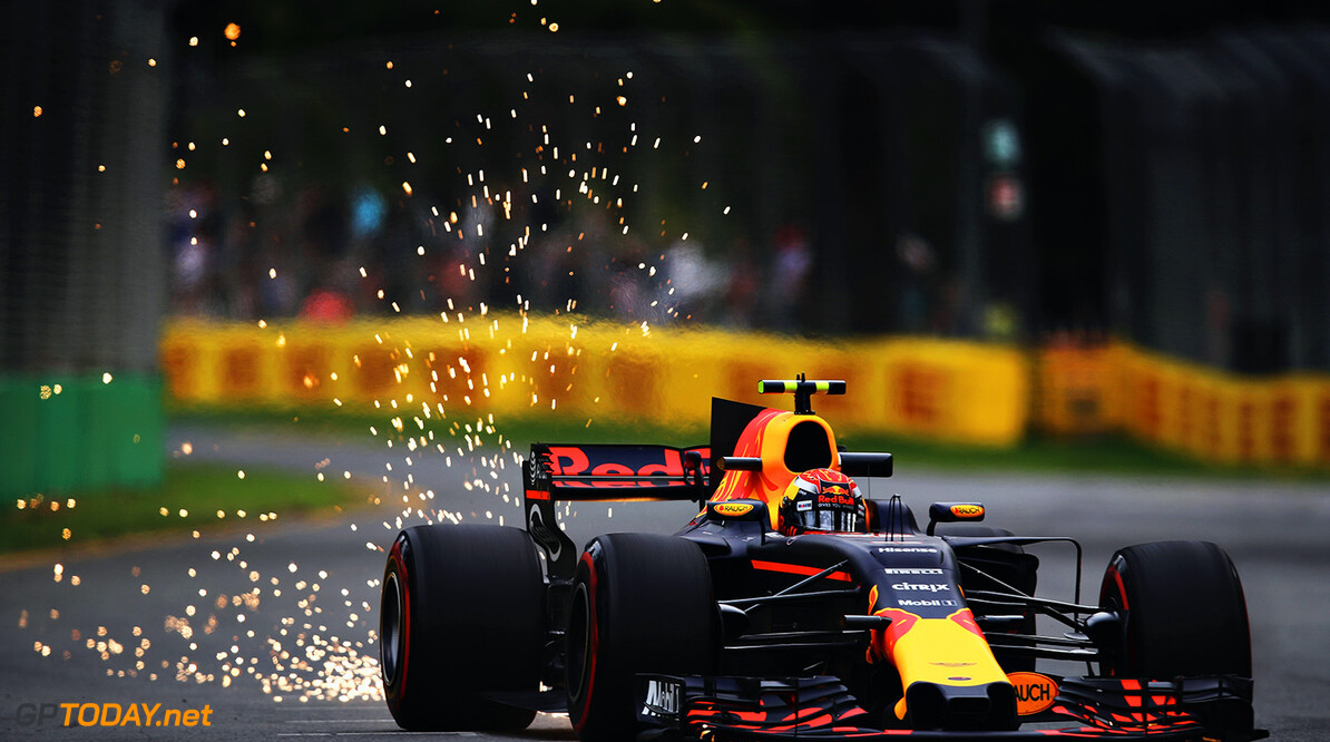 MELBOURNE, AUSTRALIA - MARCH 24:  Sparks fly behind Max Verstappen of the Netherlands driving the (33) Red Bull Racing Red Bull-TAG Heuer RB13 TAG Heuer on track during practice for the Australian Formula One Grand Prix at Albert Park on March 24, 2017 in Melbourne, Australia.  (Photo by Clive Mason/Getty Images) // Getty Images / Red Bull Content Pool  // P-20170324-00428 // Usage for editorial use only // Please go to www.redbullcontentpool.com for further information. //  Australian F1 Grand Prix - Practice Clive Mason Melbourne Australia  P-20170324-00428