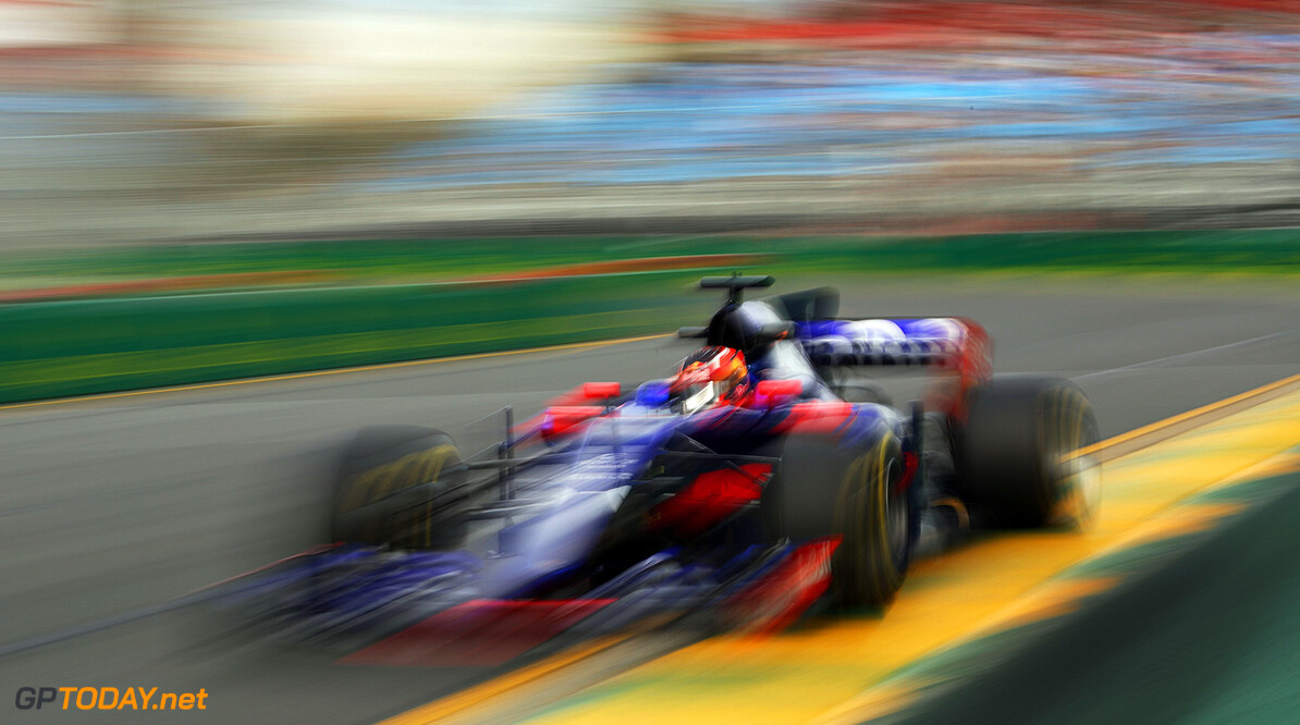 MELBOURNE, AUSTRALIA - MARCH 24: Daniil Kvyat of Russia driving the (26) Scuderia Toro Rosso STR12 on track during practice for the Australian Formula One Grand Prix at Albert Park on March 24, 2017 in Melbourne, Australia.  (Photo by Robert Cianflone/Getty Images) // Getty Images / Red Bull Content Pool  // P-20170324-00719 // Usage for editorial use only // Please go to www.redbullcontentpool.com for further information. //  Australian F1 Grand Prix - Practice Robert Cianflone Melbourne Australia  P-20170324-00719