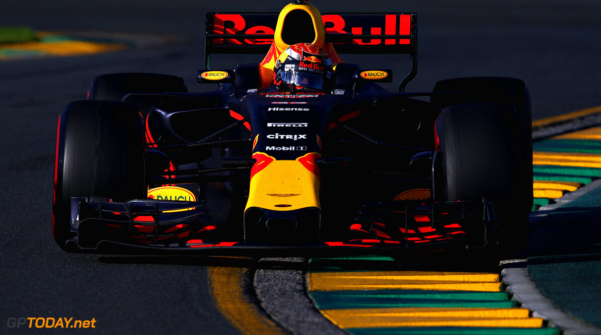 MELBOURNE, AUSTRALIA - MARCH 26:  Max Verstappen of the Netherlands driving the (33) Red Bull Racing Red Bull-TAG Heuer RB13 TAG Heuer on track during the Australian Formula One Grand Prix at Albert Park on March 26, 2017 in Melbourne, Australia.  (Photo by Clive Mason/Getty Images) // Getty Images / Red Bull Content Pool  // P-20170326-00616 // Usage for editorial use only // Please go to www.redbullcontentpool.com for further information. //  Australian F1 Grand Prix Clive Mason Melbourne Australia  P-20170326-00616