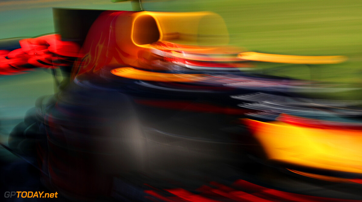 MELBOURNE, AUSTRALIA - MARCH 26:  Max Verstappen of the Netherlands driving the (33) Red Bull Racing Red Bull-TAG Heuer RB13 TAG Heuer on track during the Australian Formula One Grand Prix at Albert Park on March 26, 2017 in Melbourne, Australia.  (Photo by Mark Thompson/Getty Images) // Getty Images / Red Bull Content Pool  // P-20170326-00385 // Usage for editorial use only // Please go to www.redbullcontentpool.com for further information. //  Australian F1 Grand Prix Mark Thompson Melbourne Australia  P-20170326-00385