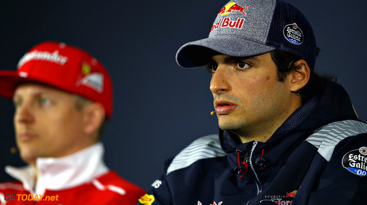 SHANGHAI, CHINA - APRIL 06: Carlos Sainz of Spain and Scuderia Toro Rosso and Kimi Raikkonen of Finland and Ferrari in the Drivers Press Conference during previews to the Formula One Grand Prix of China at Shanghai International Circuit on April 6, 2017 in Shanghai, China.  (Photo by Clive Mason/Getty Images) // Getty Images / Red Bull Content Pool  // P-20170406-00506 // Usage for editorial use only // Please go to www.redbullcontentpool.com for further information. //  F1 Grand Prix of China - Previews Clive Mason  China  P-20170406-00506