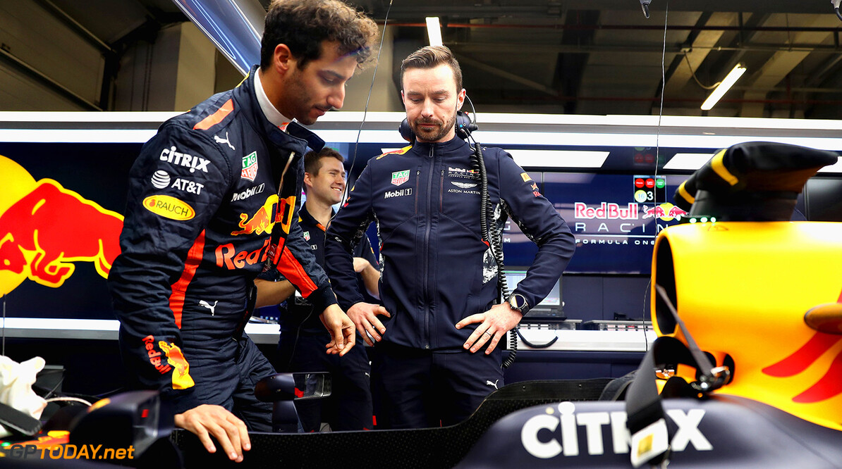 SHANGHAI, CHINA - APRIL 06: Daniel Ricciardo of Australia and Red Bull Racing in the garage during previews to the Formula One Grand Prix of China at Shanghai International Circuit on April 6, 2017 in Shanghai, China.  (Photo by Mark Thompson/Getty Images) // Getty Images / Red Bull Content Pool  // P-20170406-00439 // Usage for editorial use only // Please go to www.redbullcontentpool.com for further information. //  F1 Grand Prix of China - Previews Mark Thompson  China  P-20170406-00439