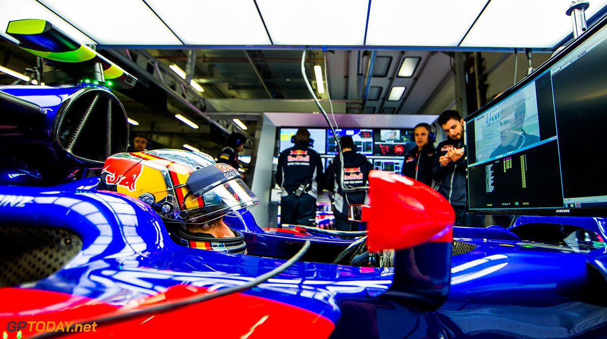 SHANGHAI, CHINA - APRIL 07:  Carlos Sainz of Scuderia Toro Rosso and Spain  during practice for the Formula One Grand Prix of China at Shanghai International Circuit on April 7, 2017 in Shanghai, China.  (Photo by Peter Fox/Getty Images) // Getty Images / Red Bull Content Pool  // P-20170407-00478 // Usage for editorial use only // Please go to www.redbullcontentpool.com for further information. //  F1 Grand Prix of China - Practice Peter Fox  China  P-20170407-00478