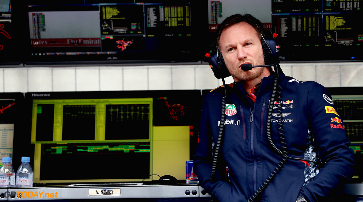 SHANGHAI, CHINA - APRIL 07:  Red Bull Racing Team Principal Christian Horner on the pit wall gantry during practice for the Formula One Grand Prix of China at Shanghai International Circuit on April 7, 2017 in Shanghai, China.  (Photo by Mark Thompson/Getty Images) // Getty Images / Red Bull Content Pool  // P-20170407-00424 // Usage for editorial use only // Please go to www.redbullcontentpool.com for further information. //  F1 Grand Prix of China - Practice Mark Thompson  China  P-20170407-00424