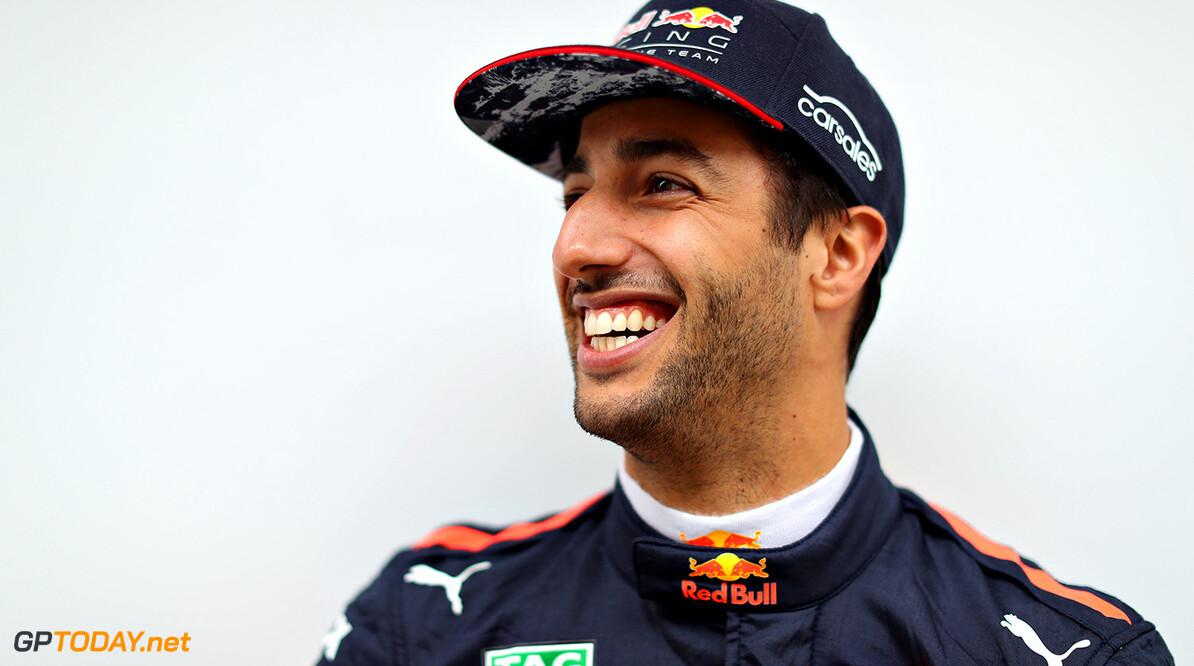 Ricciardo en Perez krijgen waarschuwing wegens missen spelen volkslied