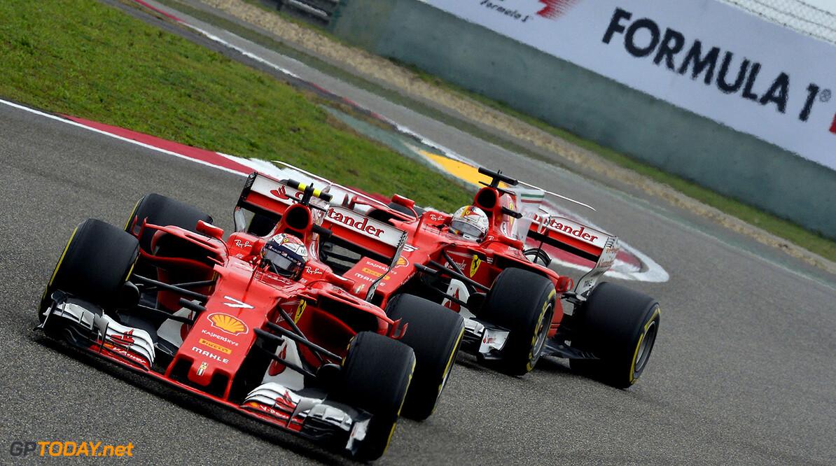 Vettel defends Raikkonen after Ferrari criticism