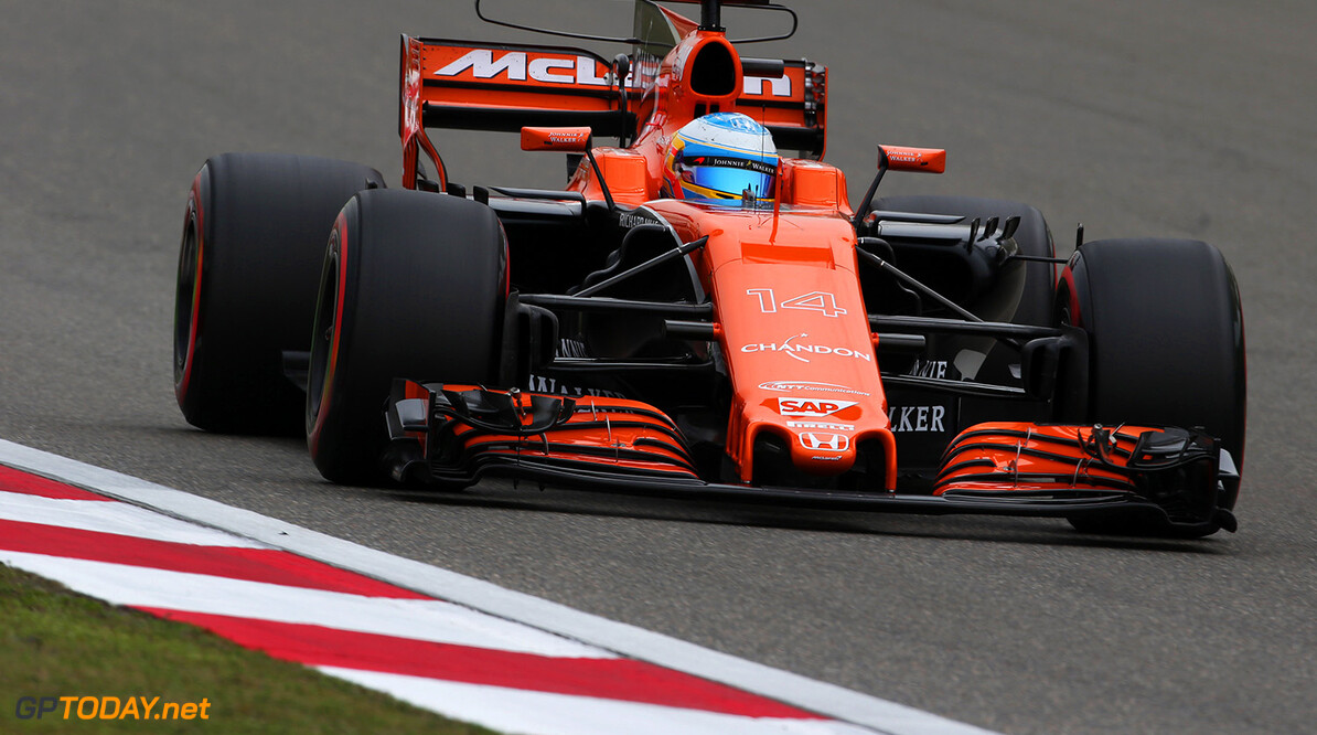Alonso takes another dig at Honda
