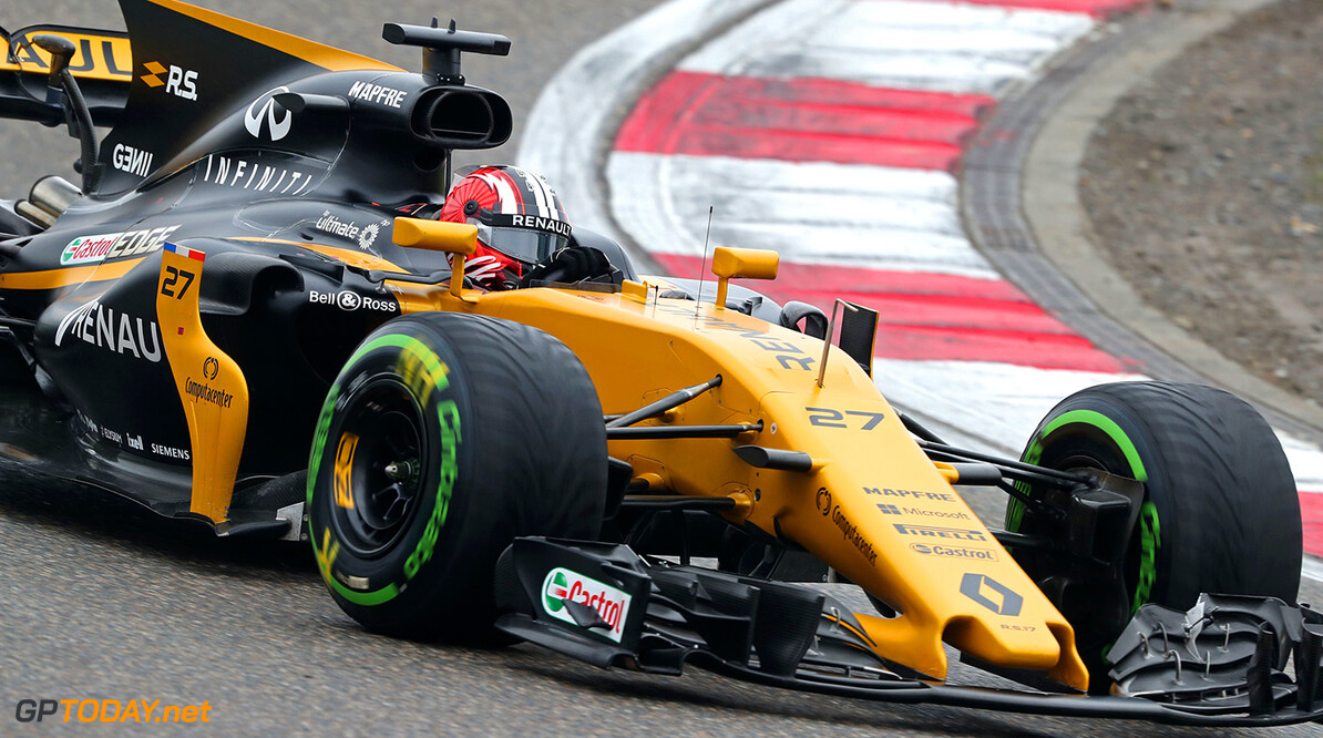 Formula One World Championship Nico Hulkenberg (GER) Renault Sport F1 Team RS17. Chinese Grand Prix, Sunday 9th April 2017. Shanghai, China. Motor Racing - Formula One World Championship - Chinese Grand Prix - Race Day - Shanghai, China Renault Sport Formula One Team Shanghai China  Formula One Formula 1 F1 GP Grand Prix China Chinese Shanghai Shanghai International Circuit JM688 Hulkenberg H?lkenberg Huelkenberg Action Track GP1702d