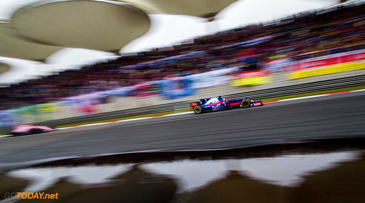 SHANGHAI, CHINA - APRIL 09:  Carlos Sainz of Scuderia Toro Rosso and Spain  during the Formula One Grand Prix of China at Shanghai International Circuit on April 9, 2017 in Shanghai, China.  (Photo by Peter Fox/Getty Images) // Getty Images / Red Bull Content Pool  // P-20170409-00751 // Usage for editorial use only // Please go to www.redbullcontentpool.com for further information. //  F1 Grand Prix of China Peter Fox  China  P-20170409-00751