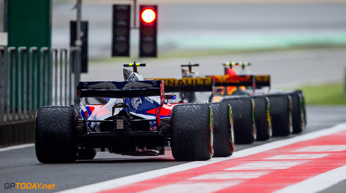 SHANGHAI, CHINA - APRIL 09:  Carlos Sainz of Scuderia Toro Rosso and Spain  during the Formula One Grand Prix of China at Shanghai International Circuit on April 9, 2017 in Shanghai, China.  (Photo by Peter Fox/Getty Images) // Getty Images / Red Bull Content Pool  // P-20170409-00754 // Usage for editorial use only // Please go to www.redbullcontentpool.com for further information. //  F1 Grand Prix of China Peter Fox  China  P-20170409-00754