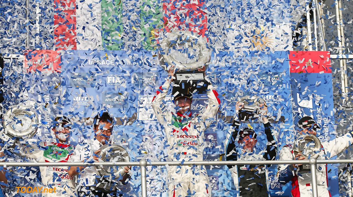 MONTEIRO Tiago (prt) Honda Civic team Castrol Honda WTC ambiance portrait during the 2017 FIA WTCC World Touring Car Race of Morocco at Marrakech, from April 7 to 9 - Photo Jean Michel Le Meur / DPPI. AUTO - WTCC MARRAKECH 2017 Jean Michel Le Meur Marrakech Maroc  april auto avril championnat du monde circuit course fia maroc motorsport tourisme wtcc