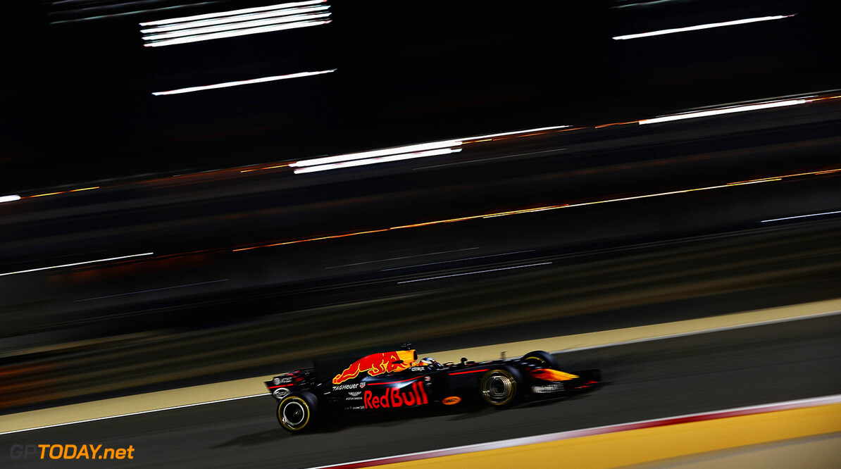 BAHRAIN, BAHRAIN - APRIL 14: Daniel Ricciardo of Australia driving the (3) Red Bull Racing Red Bull-TAG Heuer RB13 TAG Heuer on track during practice for the Bahrain Formula One Grand Prix at Bahrain International Circuit on April 14, 2017 in Bahrain, Bahrain.  (Photo by Mark Thompson/Getty Images) // Getty Images / Red Bull Content Pool  // P-20170414-01292 // Usage for editorial use only // Please go to www.redbullcontentpool.com for further information. //  F1 Grand Prix of Bahrain - Practice Mark Thompson  Bahrain  P-20170414-01292