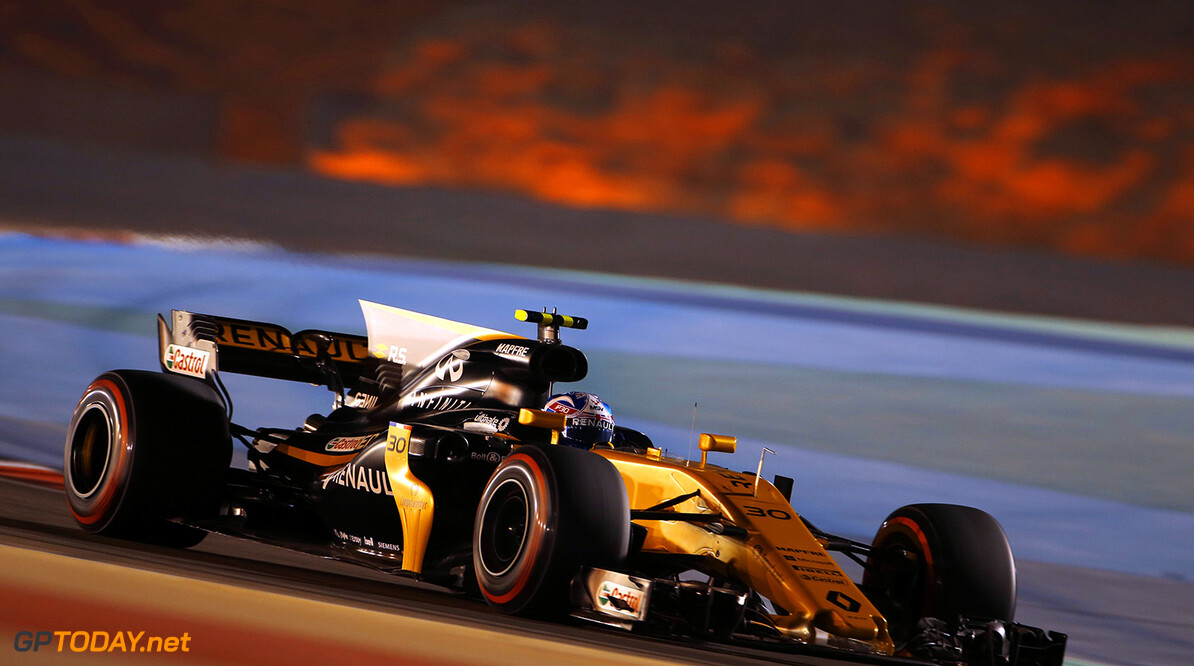 Formula One World Championship Jolyon Palmer (GBR) Renault Sport F1 Team RS17. Bahrain Grand Prix, Friday 14th April 2017. Sakhir, Bahrain. Motor Racing - Formula One World Championship - Bahrain Grand Prix - Practice Day - Sakhir, Bahrain Renault Sport Formula One Team Sakhir Bahrain  Formula One Formula 1 F1 GP Grand Prix Bahrain International Circuit BIC Bahrain Mamana Sakhir JM692 Action Track GP1703b