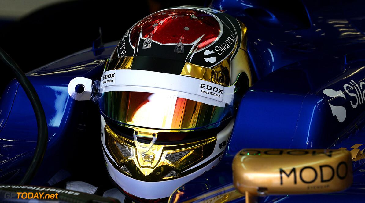 Bahrain GP Friday 14/04/17 Pascal Wehrlein (D), Sauber F1 Team. Bahrain International Circuit.  Bahrain GP Friday 14/04/17 Jean-Francois Galeron Sakhir Bahrain  F1 Formula One 2017 Pits Wehrlein Sauber