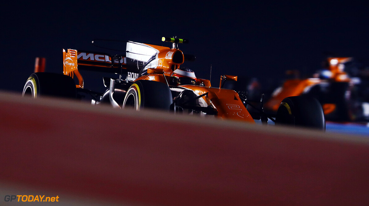 Bahrain International Circuit, Sakhir, Bahrain.  Friday 14 April 2017. Photo: Steven Tee/McLaren ref: Digital Image _O3I6920  Steven Tee    f1 formula 1 formula one gp grand prix
