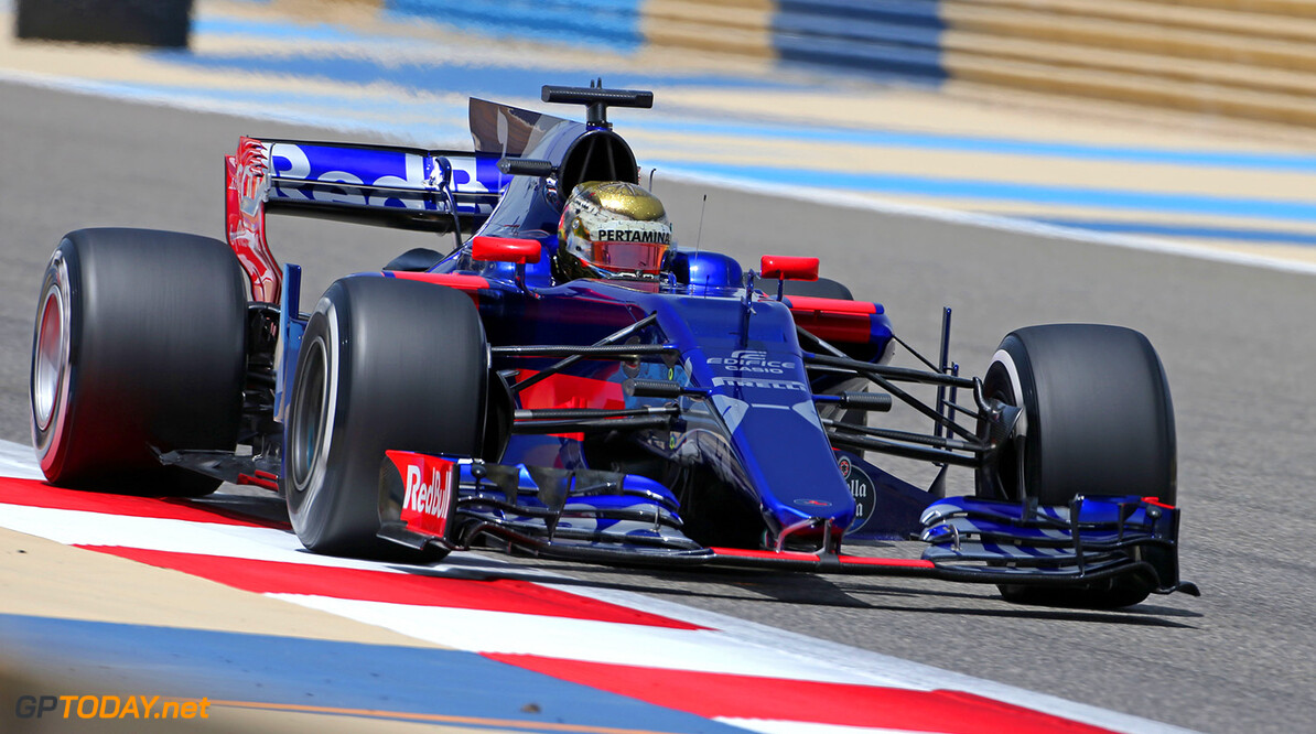 BAHRAIN, BAHRAIN - APRIL 18:  Sean Gelael of Indonesia driving the Scuderia Toro Rosso STR12 on track  during day one of Formula One in-season testing at Bahrain International Circuit on April 18, 2017 in Bahrain, Bahrain.  (Photo by Getty Images/Getty Images) // Getty Images / Red Bull Content Pool  // P-20170418-00323 // Usage for editorial use only // Please go to www.redbullcontentpool.com for further information. //  F1 In-Season Testing In Bahrain - Day One   Bahrain  P-20170418-00323