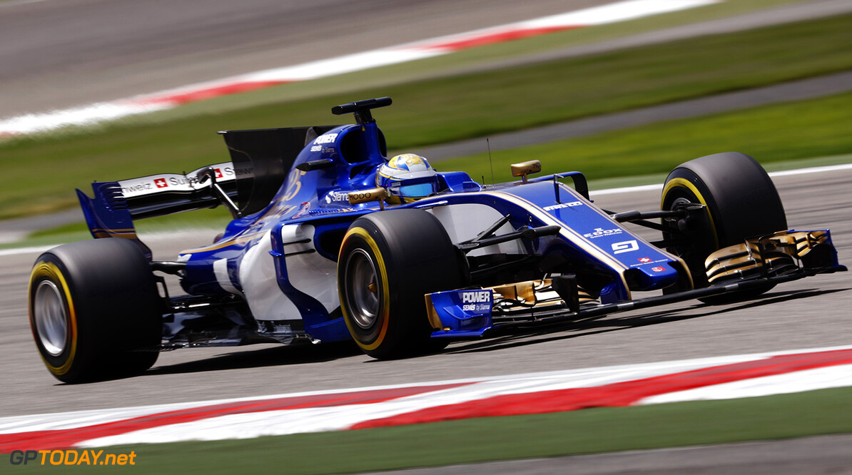 Bahrain International Circuit, Sakhir, Bahrain.  Tuesday 18 April 2017. Marcus Ericsson, Sauber C36 Ferrari. World Copyright: Glenn Dunbar/LAT Images ref: Digital Image _X4I2437  Glenn Dunbar    f1 formula 1 formula one test action