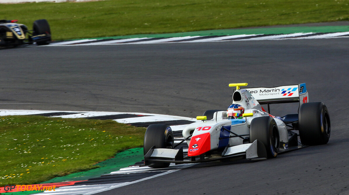 SILVERSTONE (GBR) APR 13-16 2017 - First round of the Worldseries Formula V8 3.5 at Silverstone Circuit. Nelson Mason #10 Teo Martin Motorsport. Action. (C) 2017 Klaas Norg  / Dutch Photo Agency SILVERSTONE RACING FORMULA V8     Auto Autosport Car Formula Michelin Motorsports Race Racing Renault Silverstone Track UK World Series