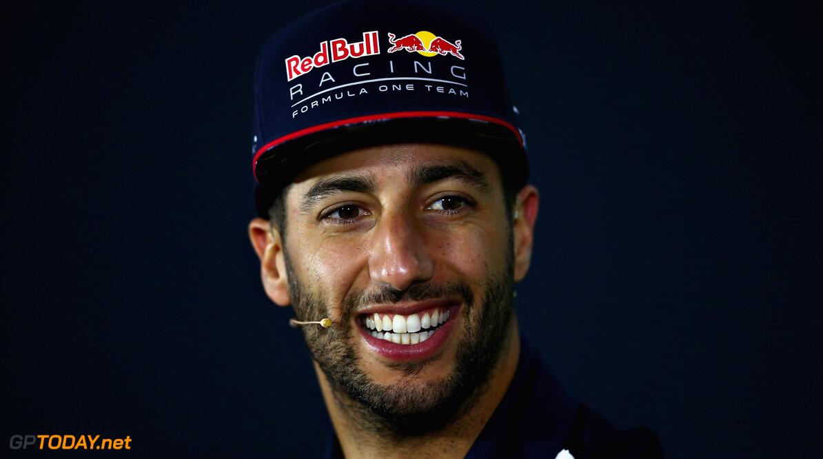"""Daniel Ricciardo: """"Hou mij niet bezig met overstap naar ander team"""""""