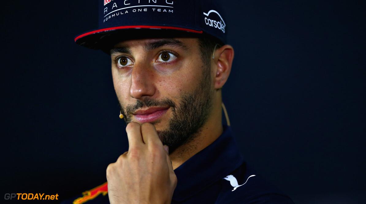Hoe ver gaat Red Bull om Daniel Ricciardo te behouden?