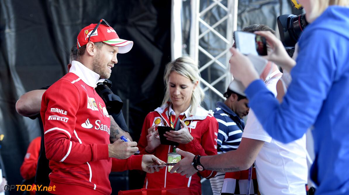 'Sebastian Vettel has Mercedes pre-agreement'