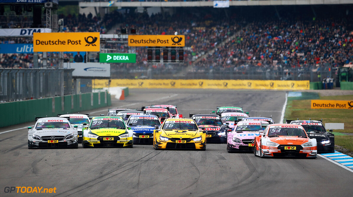 Motorsports: DTM race Hockenheim, Saison 2017 - 1. Event Hockenheimring, GER, # 53 Jamie Green (GBR, Audi Sport Team Rosberg, Audi RS5 DTM), # 16 Timo Glock (GER, BMW Team RMR, BMW M4 DTM), # 99 Mike Rockenfeller (GER, Audi Sport Team Phoenix, Audi RS5 DTM), # 2 Gary Paffett (GBR, HWA AG, Mercedes-AMG C63 DTM) Motorsports: DTM race Hockenheimring Gruppe C / Hoch Zwei    Aktion action Fahraufnahme Fahrszene Motorsport DTM Rennen race Rennszene VersandPartnerDTM VersandPartnerStandard race action