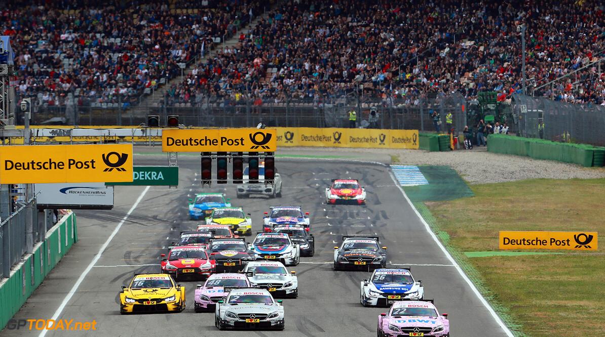 Motorsports: DTM race Hockenheim, Saison 2017 - 1. Event Hockenheimring, GER, # 22 Lucas Auer (AUT, HWA AG, Mercedes-AMG C63 DTM) Motorsports: DTM race Hockenheimring Gruppe C / Hoch Zwei Hockenheim Germany  Motorsport DTM Rennen race Rennszene Start VersandPartnerDTM VersandPartnerStandard race action