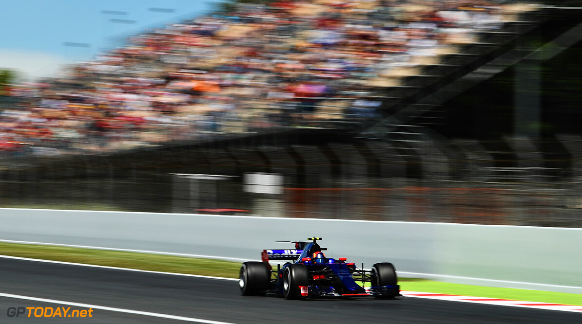 MONTMELO, SPAIN - MAY 12: Carlos Sainz of Spain driving the (55) Scuderia Toro Rosso STR12 on track during practice for the Spanish Formula One Grand Prix at Circuit de Catalunya on May 12, 2017 in Montmelo, Spain.  (Photo by David Ramos/Getty Images) // Getty Images / Red Bull Content Pool  // P-20170512-01339 // Usage for editorial use only // Please go to www.redbullcontentpool.com for further information. //  Spanish F1 Grand Prix - Practice David Ramos  Spain  P-20170512-01339