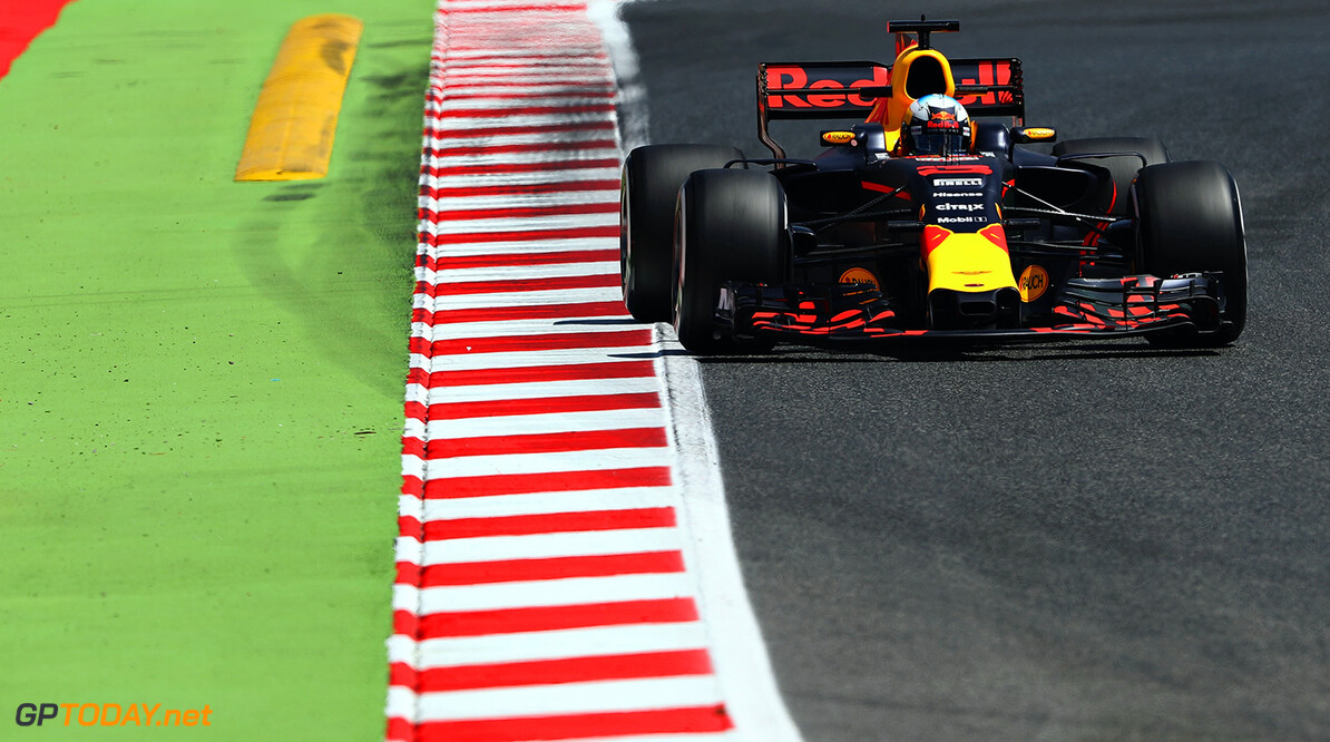MONTMELO, SPAIN - MAY 12: Daniel Ricciardo of Australia driving the (3) Red Bull Racing Red Bull-TAG Heuer RB13 TAG Heuer on track during practice for the Spanish Formula One Grand Prix at Circuit de Catalunya on May 12, 2017 in Montmelo, Spain.  (Photo by Mark Thompson/Getty Images) // Getty Images / Red Bull Content Pool  // P-20170512-01833 // Usage for editorial use only // Please go to www.redbullcontentpool.com for further information. //  Spanish F1 Grand Prix - Practice Mark Thompson  Spain  P-20170512-01833