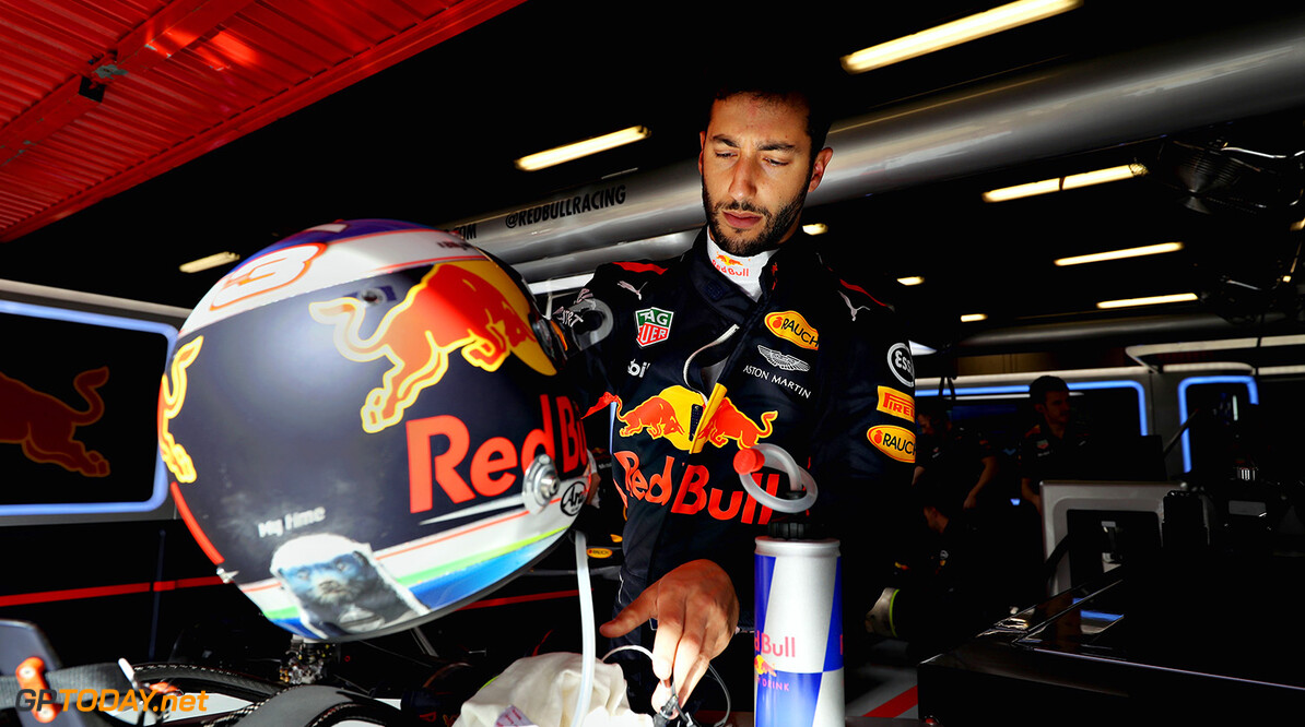 MONTMELO, SPAIN - MAY 12:  Daniel Ricciardo of Australia and Red Bull Racing prepares to drive in the garage during practice for the Spanish Formula One Grand Prix at Circuit de Catalunya on May 12, 2017 in Montmelo, Spain.  (Photo by Mark Thompson/Getty Images) // Getty Images / Red Bull Content Pool  // P-20170512-00906 // Usage for editorial use only // Please go to www.redbullcontentpool.com for further information. //  Spanish F1 Grand Prix - Practice Mark Thompson  Spain  P-20170512-00906