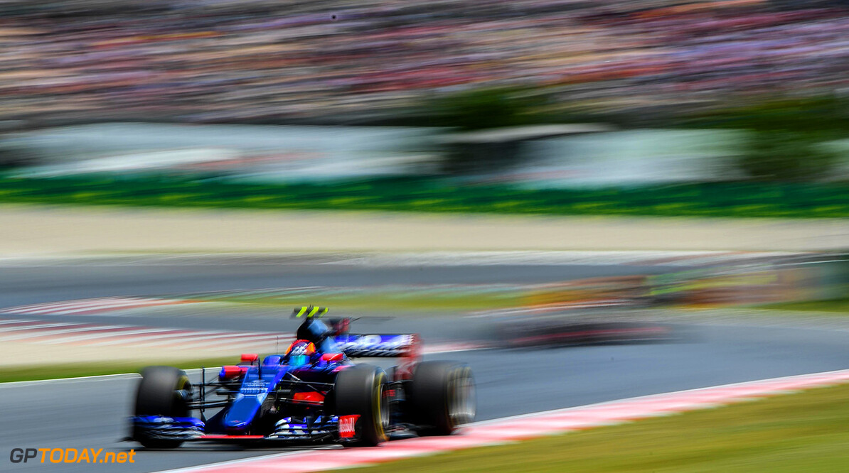 MONTMELO, SPAIN - MAY 14: Carlos Sainz of Spain driving the (55) Scuderia Toro Rosso STR12 on track during the Spanish Formula One Grand Prix at Circuit de Catalunya on May 14, 2017 in Montmelo, Spain.  (Photo by David Ramos/Getty Images) // Getty Images / Red Bull Content Pool  // P-20170514-01436 // Usage for editorial use only // Please go to www.redbullcontentpool.com for further information. //  Spanish F1 Grand Prix David Ramos  Spain  P-20170514-01436