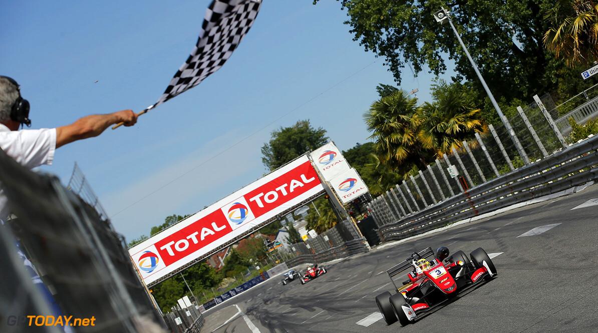 FIA Formula 3 European Championship, round 3, race 3, PAU (FRA) 3 Maximilian G?nther (DEU, Prema Powerteam, Dallara F317 - Mercedes-Benz), FIA Formula 3 European Championship, round 3, race 3, Pau (FRA), 19. - 21. May 2017 FIA Formula 3 European Championship 2017, round 3, race 3, Pau (FRA) Thomas Suer Pau France