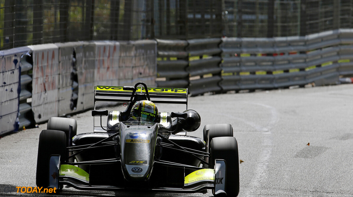 FIA Formula 3 European Championship, round 3, race 3, PAU (FRA) 31 Lando Norris (GBR, Carlin, Dallara F317 - Volkswagen), FIA Formula 3 European Championship, round 3, race 3, Pau (FRA), 19. - 21. May 2017 FIA Formula 3 European Championship 2017, round 3, race 3, Pau (FRA) Thomas Suer Pau France