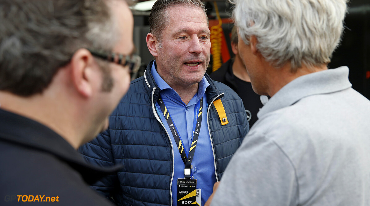 Jos Verstappen doesn't agree with Christian Horner's comments